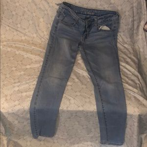 American Eagle Light-wash Jeans